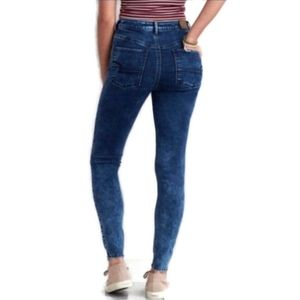 American Eagle size 2 sky high jeggings